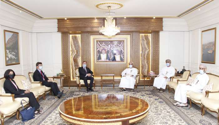 Oman's Minister of Transport, UK Ambassador discuss economic relations