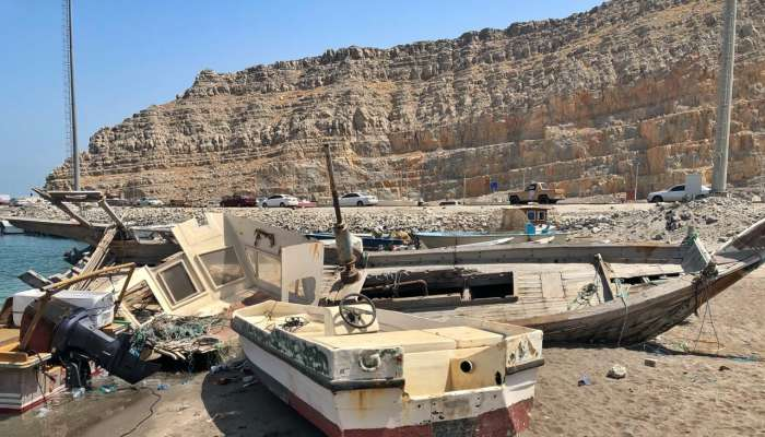 Fishermen asked to remove damaged boats from beach in Oman