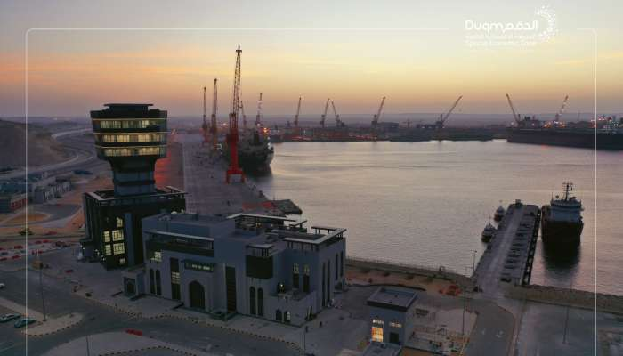 برج ميناء الدقم جاهز للتشغيل التجاري بنسبة 100%