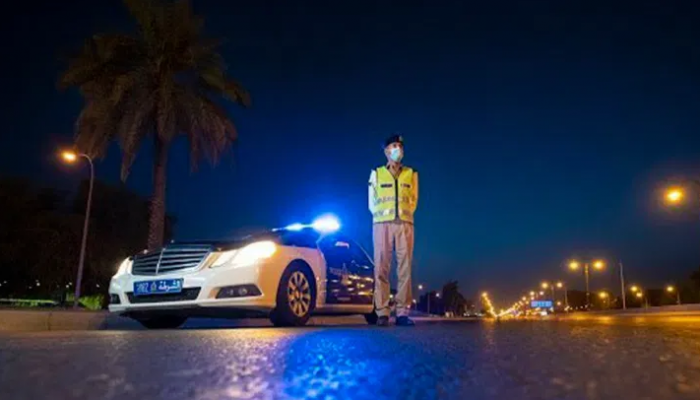 المخالفات مستمرة .. الشرطة تضبط وافدين خالفوا قرارات اللجنة العليا بشمال الشرقية