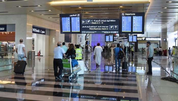 انخفاض عدد المسافرين عبر مطارات السلطنة بنسبة 63.9%