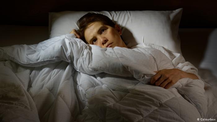 الخوف من عدوى كورونا يسلب النوم من العيون