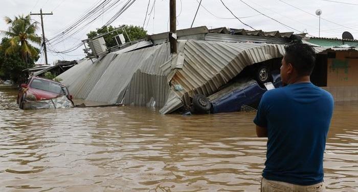 Tropical Storm Eta regains strength, zeros in on Cuba