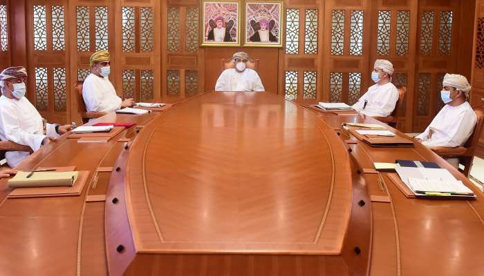 Economic recovery committee holds meeting