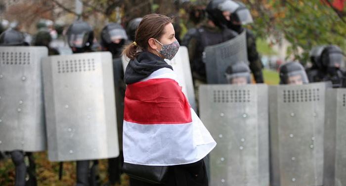 Hundreds arrested in Belarus as opposition looks to Biden