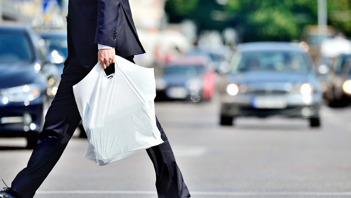 OMR100 to OMR 2,000 fines for single-use plastic bags from January 2021