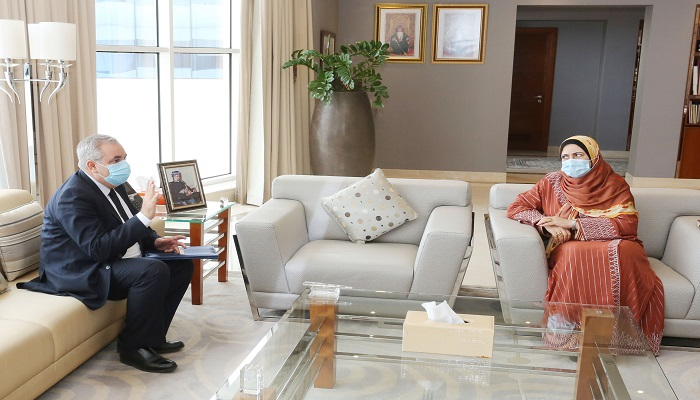 Oman's higher education minister meets WHO official