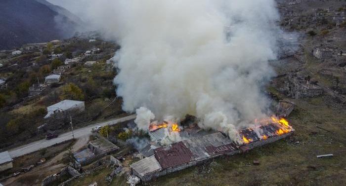 Armenians torch their own homes outside Nagorno-Karabakh