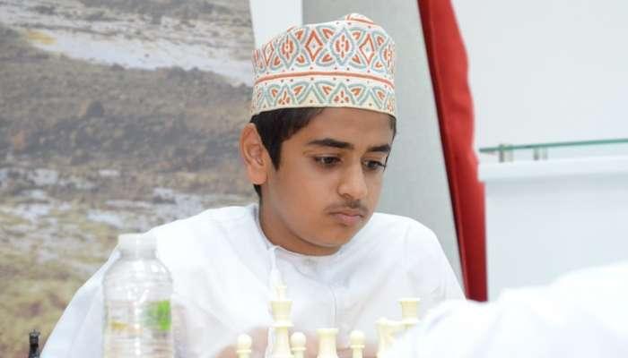 الربيعي والبلوشية يفوزان بلقبي الذكور والإناث للشطرنج