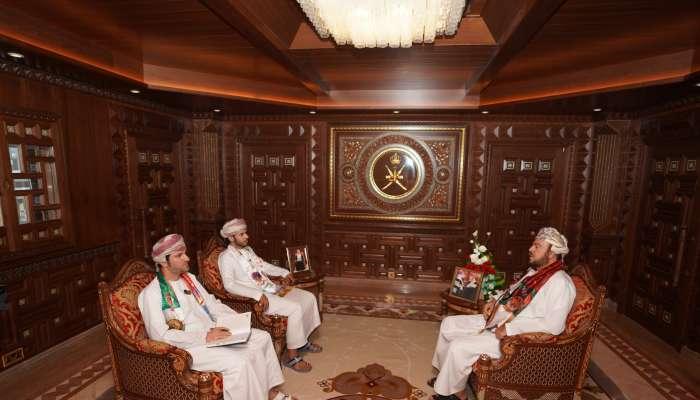 السيد أسعد بن طارق : بعض الشركات تتعذر بأن العماني غير مؤهل والحقيقة أن العماني يتأقلم ويتأهل