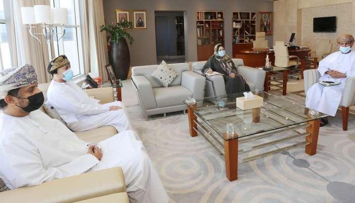 المحروقية  تبحث أوجه التعاون مع مدير مكتب الشبكة الخليجية لضمان جودة التعليم العالي