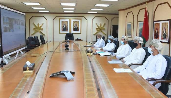 وزراء التجارة بدول الخليج يناقشون سبل تعزيز التجارة البينية