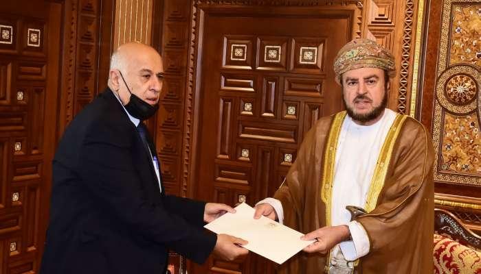 تسلمها السيد أسعد.. جلالةُ السًّلطان يتلقّى رسالة خطيّة من الرئيس الفلسطيني