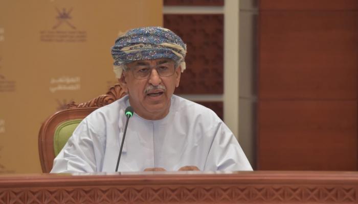 وزير الصحة: السلطنة حجزت حوالي 10% من احتياجاتها من اللقاح