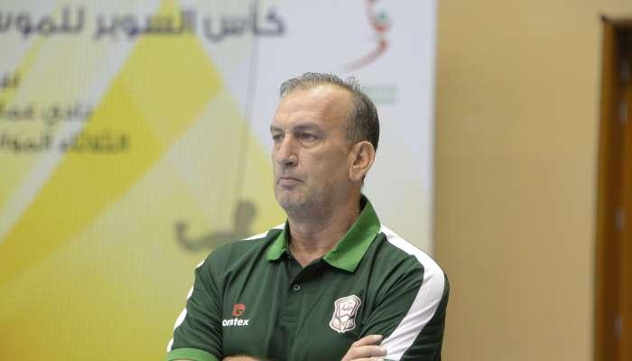 اليد يتعاقد مع المدرب الجزائري مراد أبوسبت