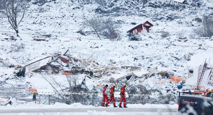 Fifth body found among collapsed houses in Norway landslide