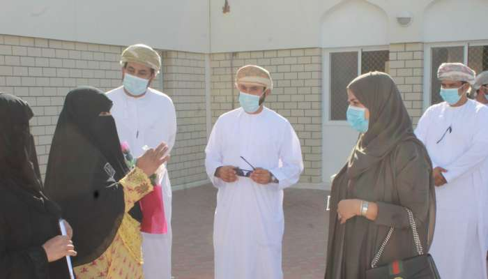 وكيلة الصحة للشؤون الادارية تتطلع على سير العمل بالمؤسسات الصحية بالوسطى