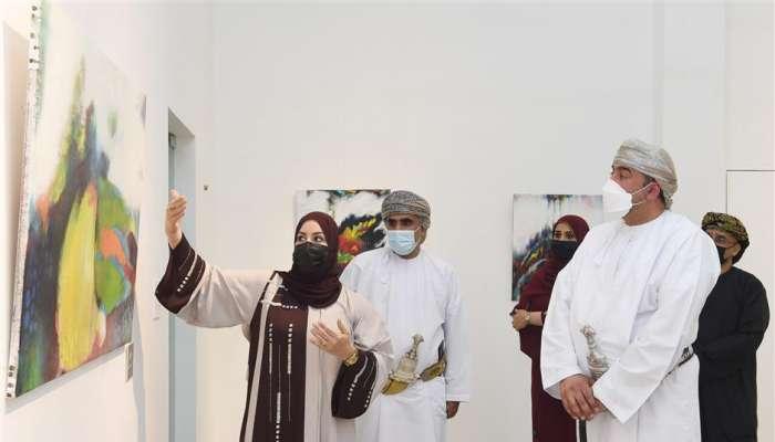 """افتتاح معرض """"ملكوت"""" بالجمعية العمانية للفنون التشكيلية"""