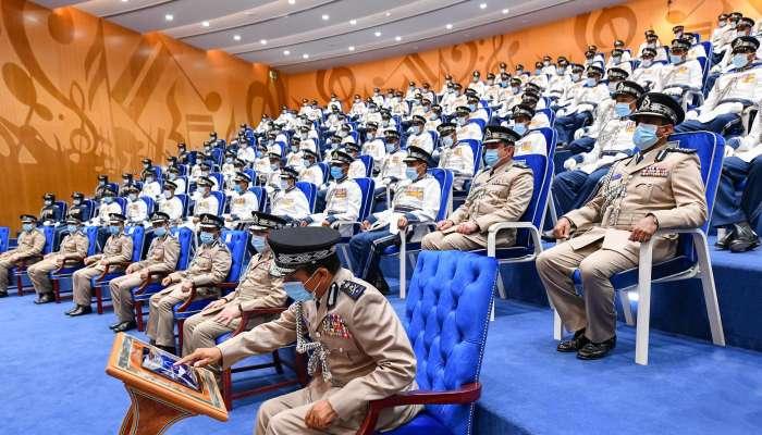 بمناسبة يوم شرطة عمان السلطانية .. تخريج عدد من دورات الضباط وتدشين أنظمة إلكترونية