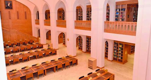 شؤون البلاط السلطاني: مكتبة حصن الشموخ بولاية منح نافذةٌ ثقافيةٌ ووجهةٌ علميةٌ للباحثين والدارسين