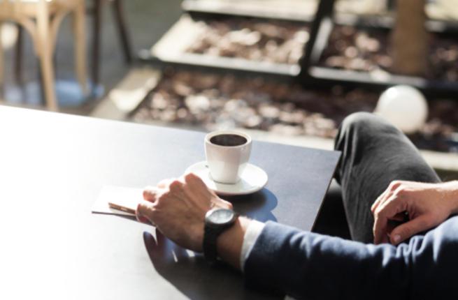 شرب القهوة يوميا قد يحمي الرجال من سرطان خطير