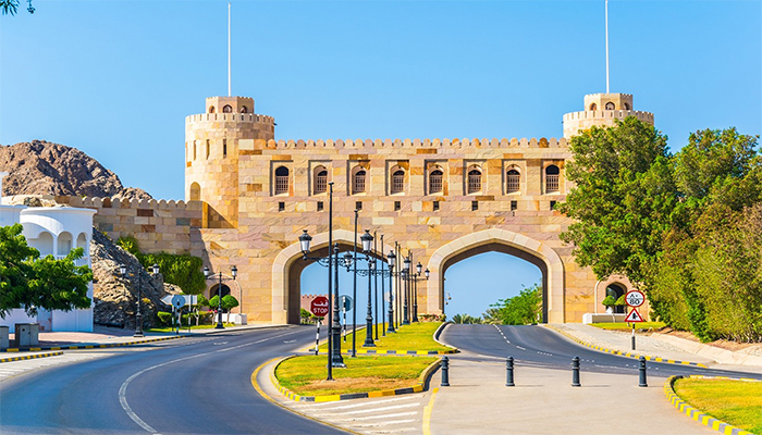 Oman to close land ports: Supreme Committee