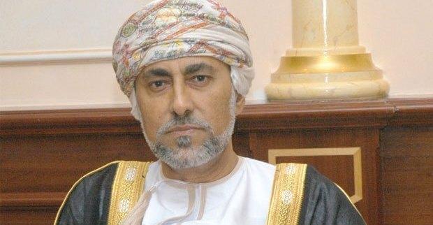 السيد شهاب بن طارق يهنئ القادة العسكريين المعينين بموجب المرسوم السلطاني