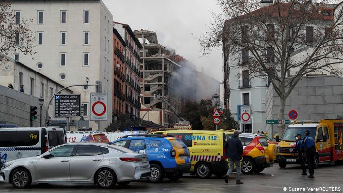 Spain: Explosion in Madrid destroys building