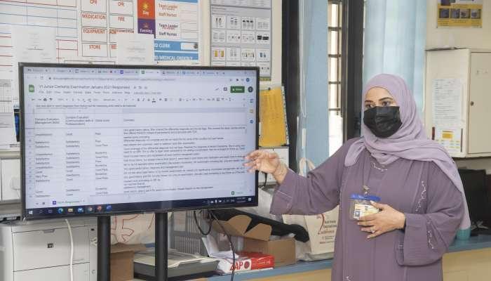 نجاح كلية الطب والعلوم الصحية بجامعة السلطان قابوس في التحول الرقمي للامتحانات العملية