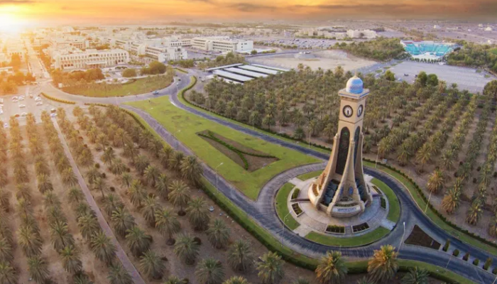 تعينات جديدة لنواب الرئيس بجامعة السلطان قابوس .. وهذه سيرهم الذاتية
