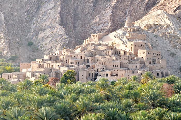 We Love Oman: The old, mud brick village of  Birkat Al Mouz