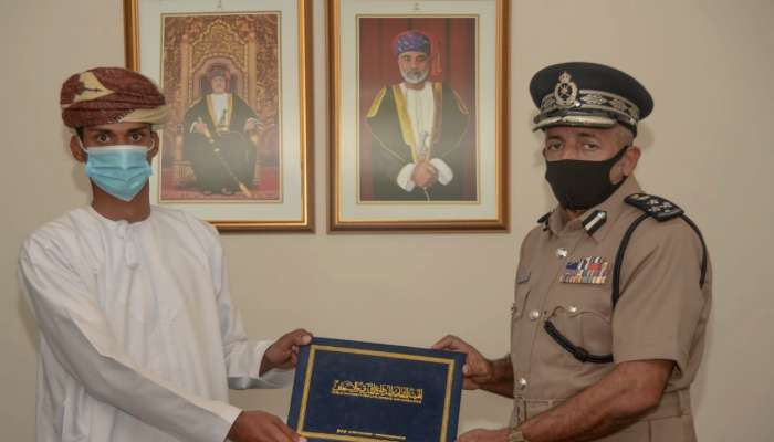 Citizen honoured for saving 2 children from drowning in Oman
