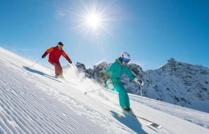 إلغاء إعادة فتح منتجعات التزلج مع تشديد القيود بإيطاليا