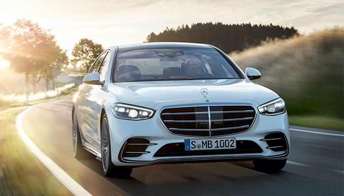 New Mercedes-Benz S-Class: Automotive luxury experienced in a completely new way