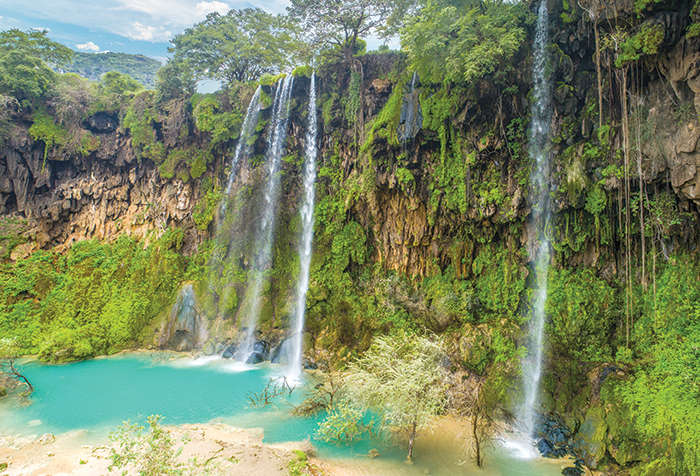 We Love Oman: Spectacular waterfalls attract visitors