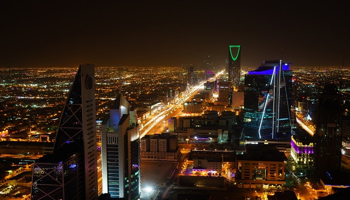 Saudi Arabia to stop contracts with companies having foreign regional HQs from 2024