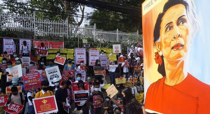Aung San Suu Kyi faces new charge