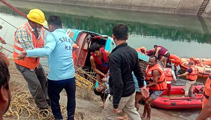 39 peole killed as bus falls into canal in India's Madhya Pradesh