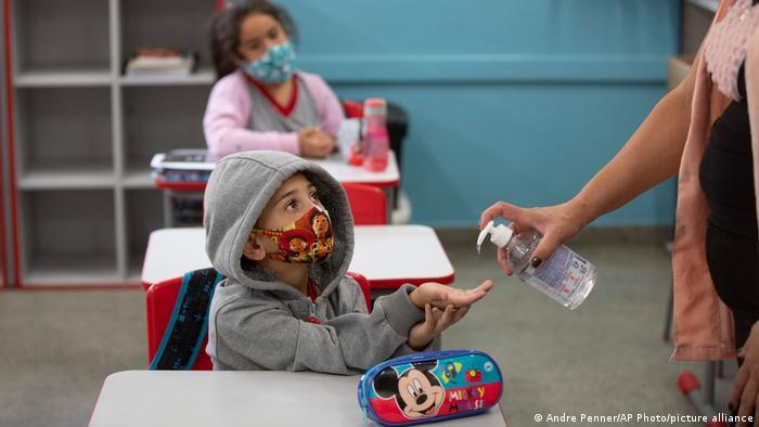 دراسة: تزايد المعاناة النفسية للأطفال بسبب جائحة كورونا