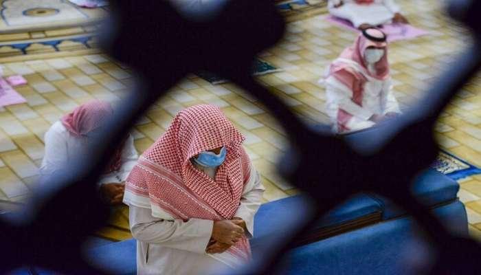بسبب كورونا..السعودية تغلق 8 مساجد