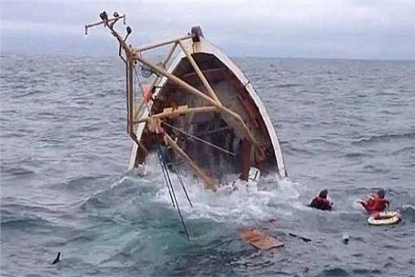 غرق 5 أشخاص جرّاء انقلاب قارب غرب الإسكندرية