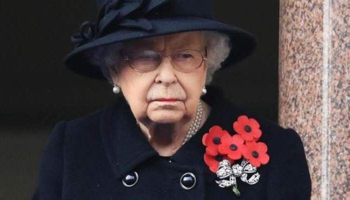 مصادر: الملكة إليزابيث 'حزينة... لكنها ليست غاضبة' من هاري وميغان