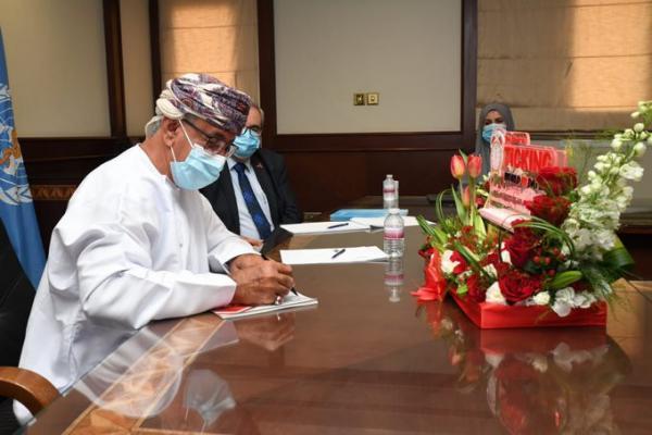 وزير الصحة: السلطنة انتهجت تشخيص وعلاج الوافدين المصابين بمرض السل مجانًا