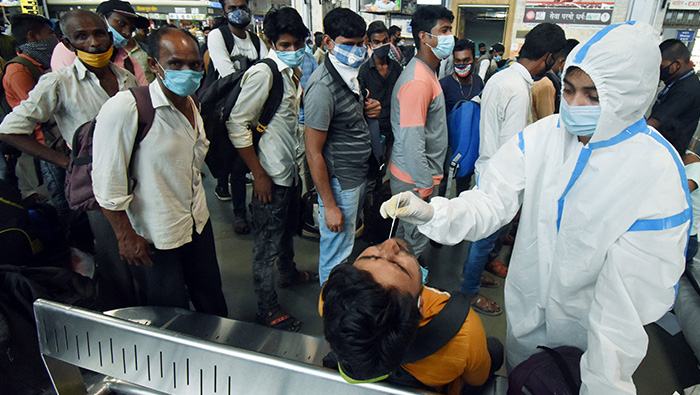 India records 53,476 new COVID-19 cases, 251 deaths