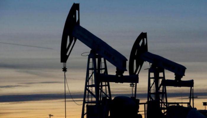 السلطنة تسجل انخفاضًا في إنتاج النفط