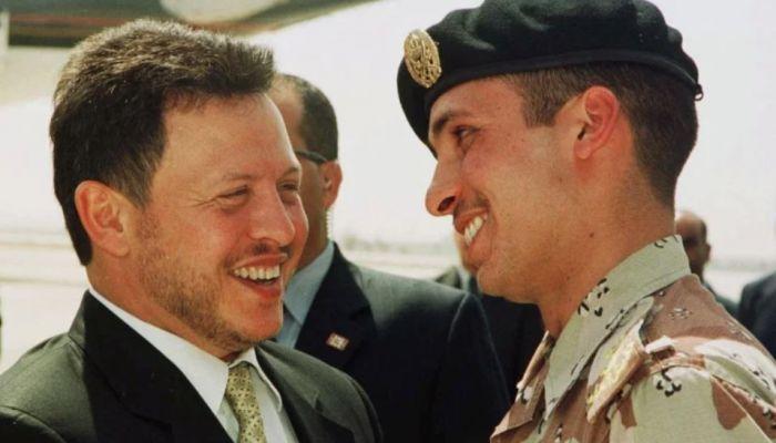 الملك عبدالله يوكل قضية الأمير حمزة إلى عمه الأمير الحسن