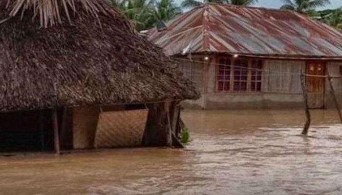 ارتفاع حصيلة ضحايا الفيضانات والانهيارات الأرضية بإندونيسيا إلى 128 وفاة