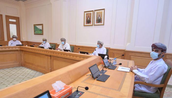 الشورى يطالب اللجنة العليا بمراجعة أوقات الإغلاق في شهر رمضان