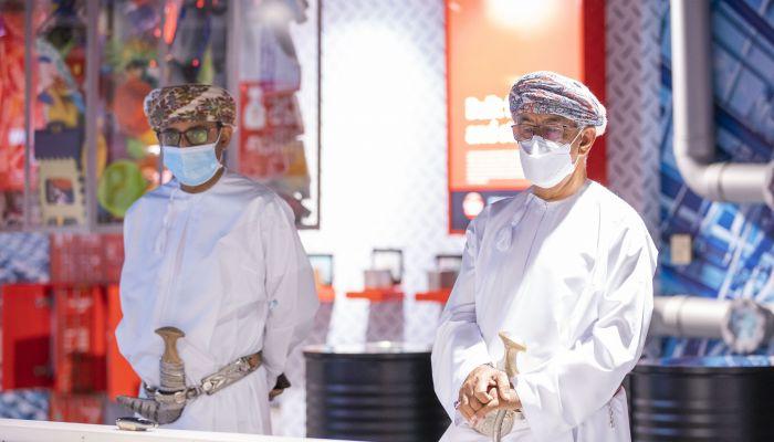وزير الصحة يدشن مختبر للكشف عن الأمراض المعدية والوبائية في شمال الباطنة