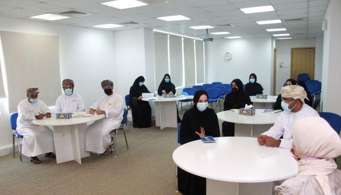 المستهلك تختتم برنامجًا تدريبيًا بالتعاون مع وزارة العمل